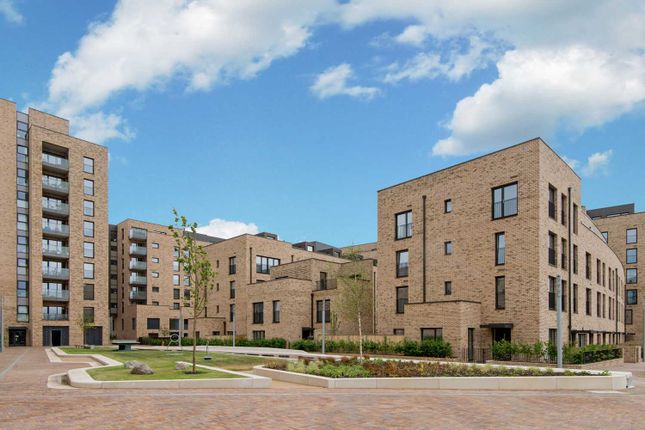 Thumbnail Flat for sale in Prospect East, Stratford