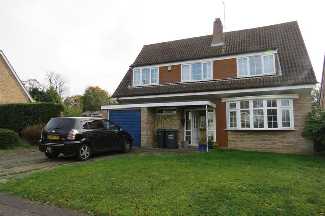 Thumbnail Detached house for sale in Fernhills, Hunton Bridge, Kings Langley