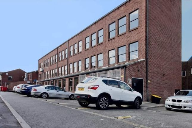 Thumbnail Office to let in North Lane House, Leeds