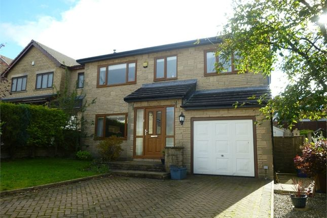 Thumbnail Detached house to rent in Stirling Court, Burnley, Lancashire