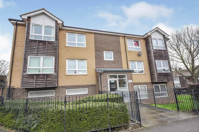 1 bed flat for sale in Cherrydown West, Basildon, Essex SS16