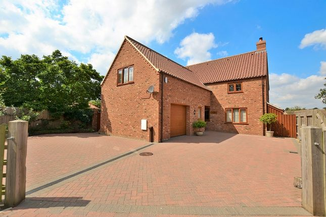 Thumbnail Detached house for sale in Stone Road, Yaxham, Dereham, Norfolk.