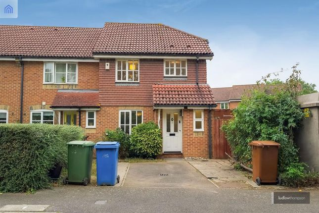 3 bed end terrace house to rent in Abbotswood Road, London SE22