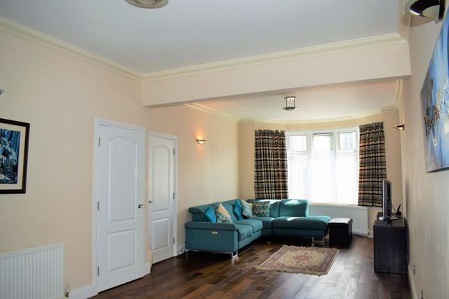 Thumbnail Semi-detached house to rent in Swinderby Road, Wembley