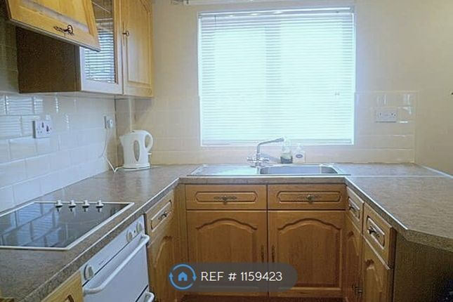 Thumbnail Flat to rent in Barron Meadow, Leigh