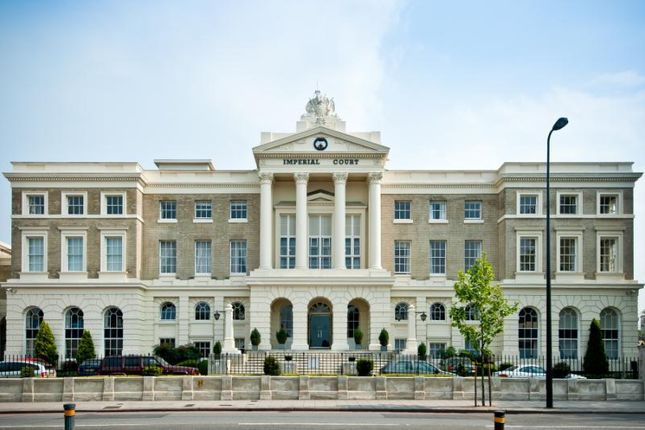 3 bed flat for sale in Imperial Court, Kennington Lane, London