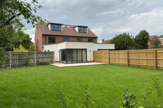 4 bed semi-detached house to rent in Riddell Place, Oxford, Oxfordshire OX2