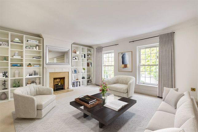 Thumbnail Property for sale in Beaufort Close, London
