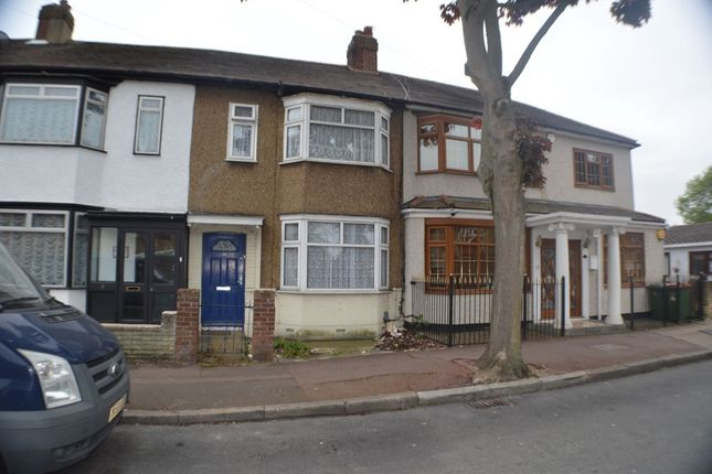 3 bed terraced house for sale in Mortlake Road, London
