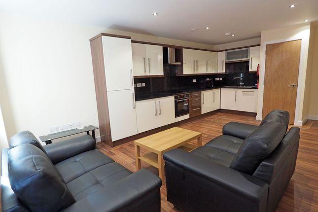 Thumbnail Flat to rent in 121 Fitzwilliam Street, Sheffield
