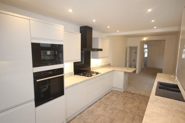 Thumbnail Terraced house to rent in Palmyra Road, Bristol