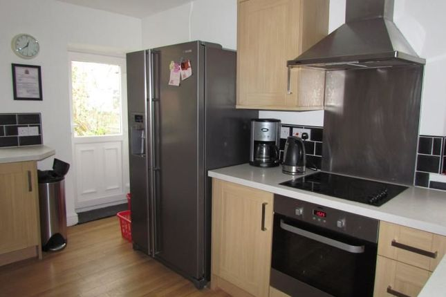 Room to rent in Simonside Terrace, Newcastle Upon Tyne