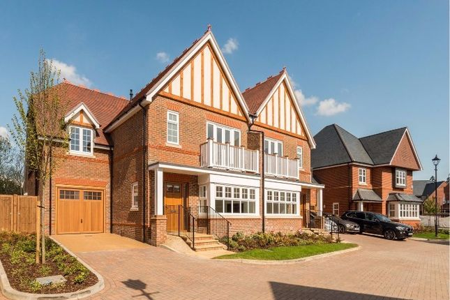 Thumbnail Semi-detached house to rent in Newitt Court, Welwyn