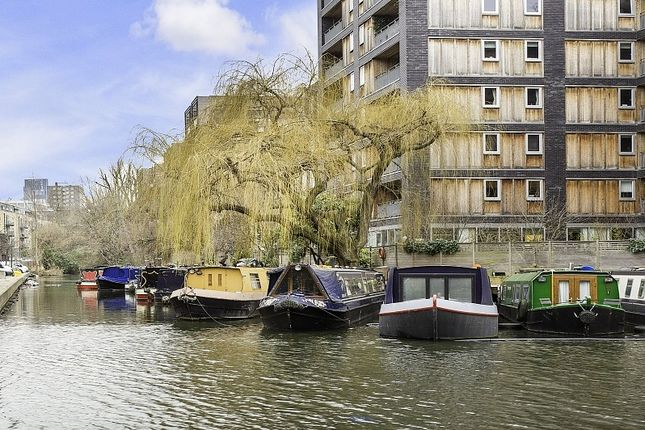 Thumbnail Houseboat for sale in Wenlock Basin, Islington