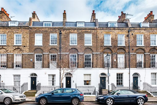 Picture No. 40 of Claremont Square, London N1