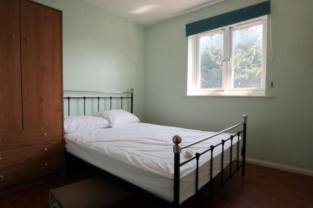 Bedroom 2 of Odette Gardens, Tadley RG26