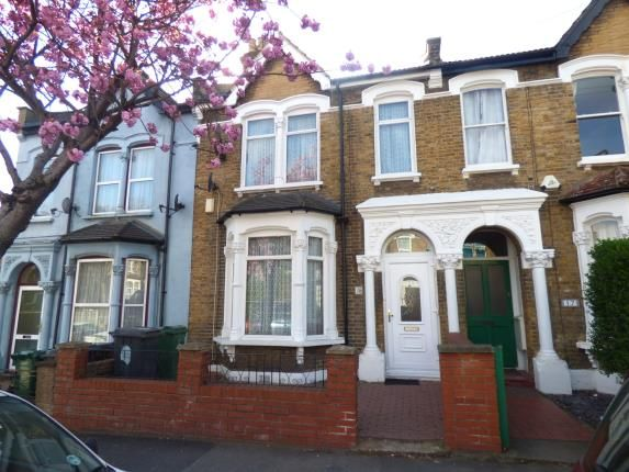 Thumbnail Terraced house for sale in Walthamstow, London, Uk