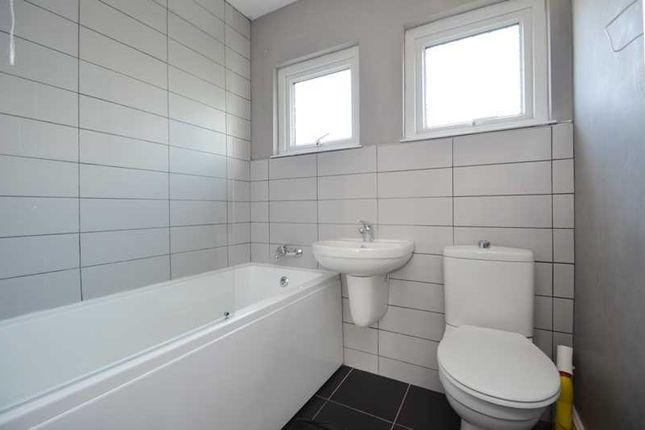 Bathroom of Captains Walk, Falmouth TR11