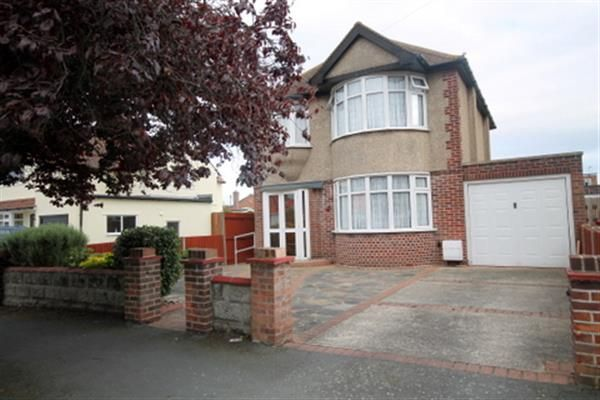 Thumbnail Property for sale in Colchester Road, Holland-On-Sea, Clacton-On-Sea