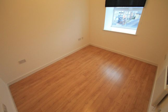 Bedroom of Holly Street, Luton LU1