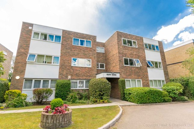 Thumbnail Flat to rent in Milton Road, Harpenden
