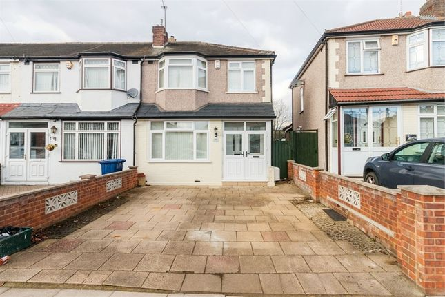 3 bed end terrace house for sale in Conway Crescent, Perivale, Greenford