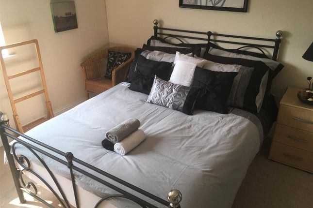 Room to rent in Loch Fyne Close, Orton Northgate, Peterborough PE2
