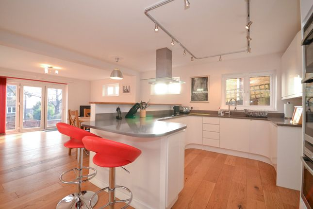Thumbnail Detached house for sale in Newport Road, Cowes