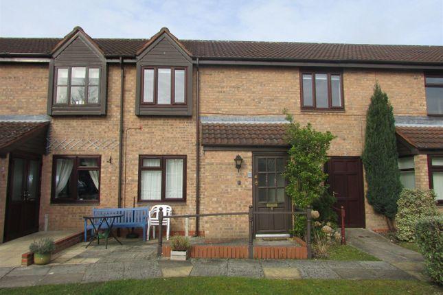 Thumbnail Maisonette to rent in Hartlebury Close, Dorridge