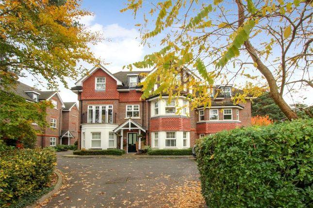 Thumbnail Flat to rent in Pembroke Road, Woking