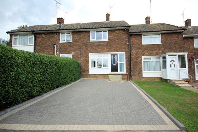 Thumbnail Terraced house for sale in The Knares, Basildon