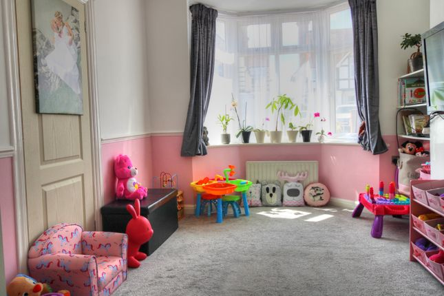 Lounge of Brodrick Road, Eastbourne BN22