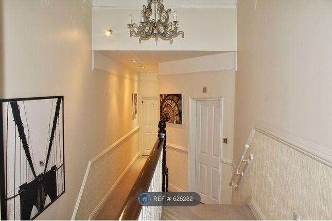 Hallway of Westbourne Avenue, Hull HU5