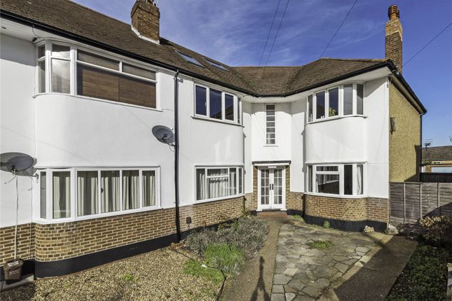 Thumbnail Flat for sale in Lavender Close, Carshalton