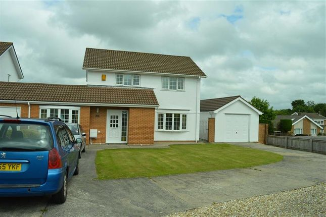 3 bed link-detached house for sale in Plas Cadwgan, Swansea