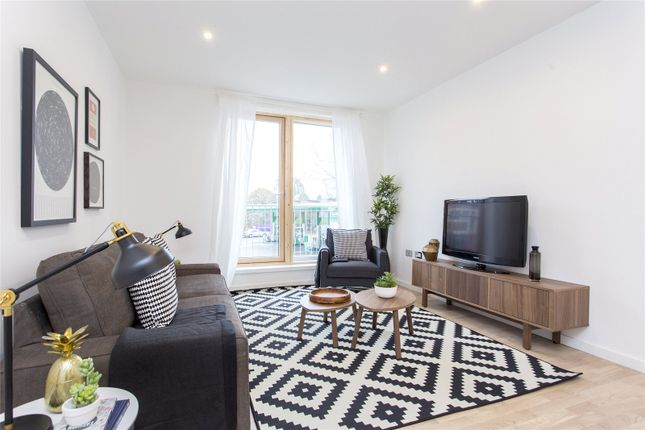 Thumbnail Flat for sale in High Road Leyton, London