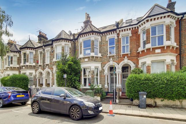 Thumbnail Property to rent in Helix Road, Brixton, London