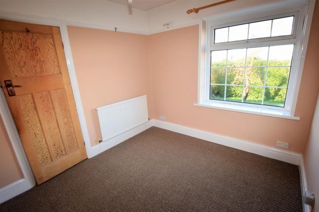 Bedroom 3 of Porth-Y-Castell, Barry CF62