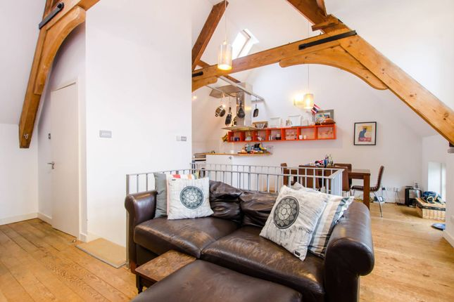 Thumbnail Property to rent in Hyde Farm Mews, Balham