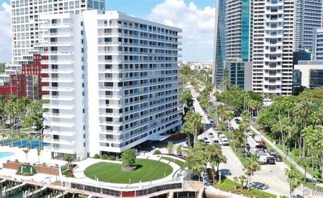 200 Se 15th Rd # 4B, Miami, Florida, United States Of America
