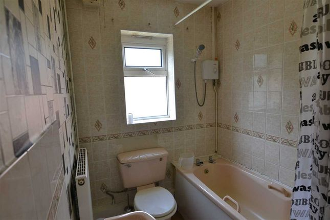 Bathroom of Tottenham Crescent, Kingstanding, Birmingham B44