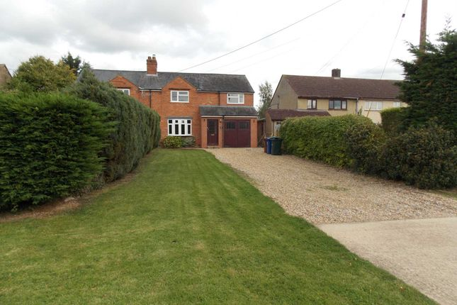 3 bed semi-detached house to rent in North End, Wendlebury, Bicester