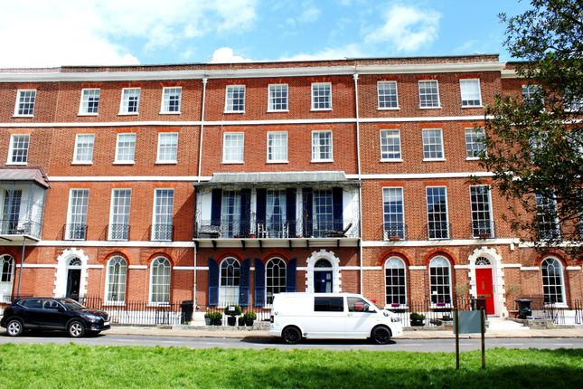2 bed flat to rent in Colleton Crescent, St. Leonards, Exeter