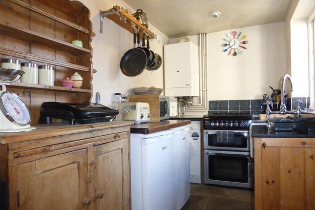 Kitchen of Main Street, Birchover, Matlock DE4