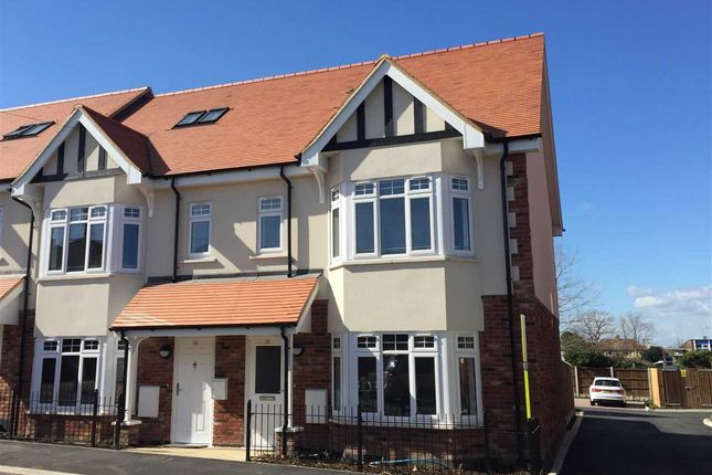 Thumbnail End terrace house for sale in Nelson Road, Leigh-On-Sea