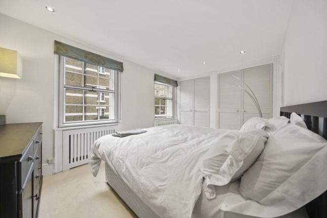 3 bed end terrace house to rent in Old Barrack Yard, London SW1X