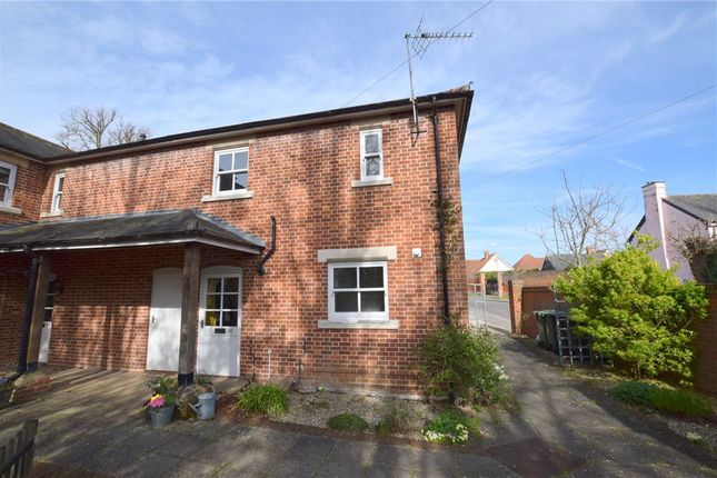 Thumbnail Maisonette for sale in High Street, Kelvedon, Essex