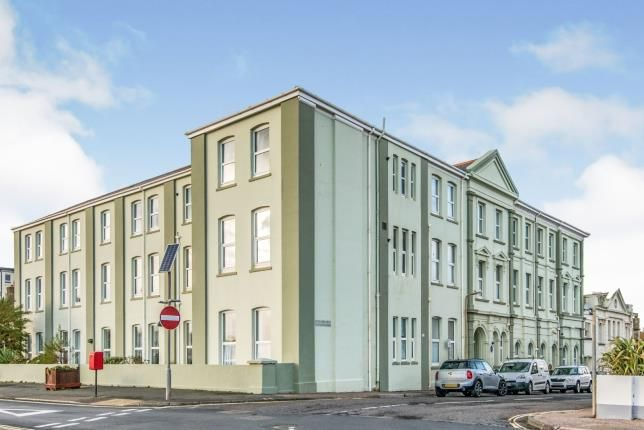 2 bed flat for sale in Harbour Road, Seaton, Devon EX12