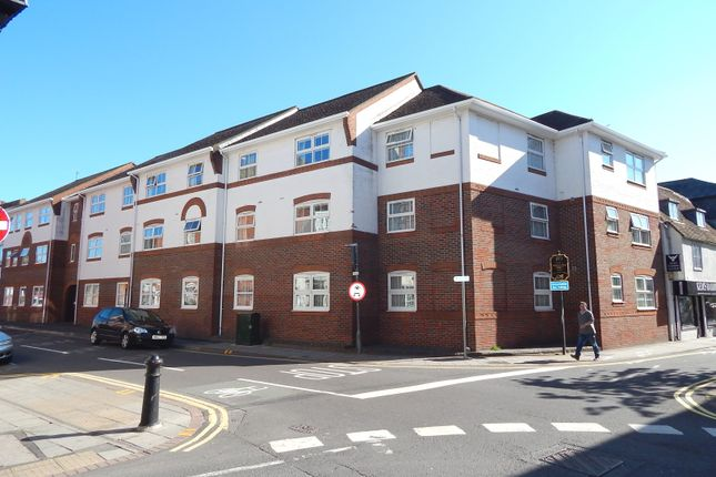 Room To Rent At  Middleton Road Salisbury