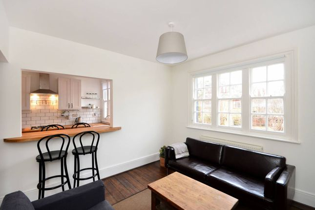 Thumbnail Flat to rent in Glebe Road, Hornsey